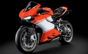 Ducati 1199 Superleggera eye candy reveals specs