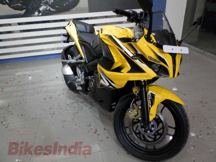 Early Bajaj Pulsar RS 200 review