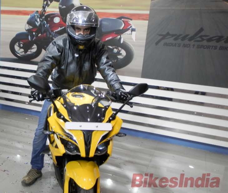 Early Bajaj Pulsar RS 200 test