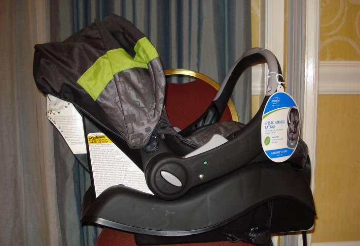 evenflo car seat recall for embrace models product reviews net. Black Bedroom Furniture Sets. Home Design Ideas
