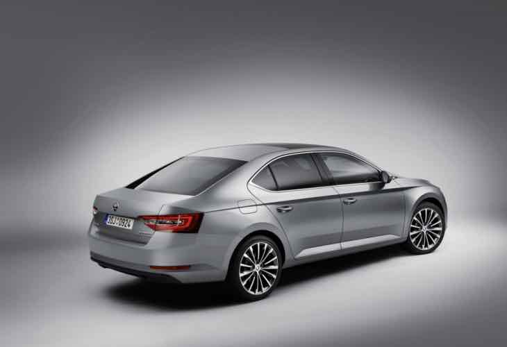 Expected Skoda Superb 2016 engine lineup