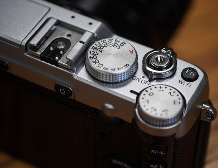 Fujifilm X-E2 review congregation details improvements 2