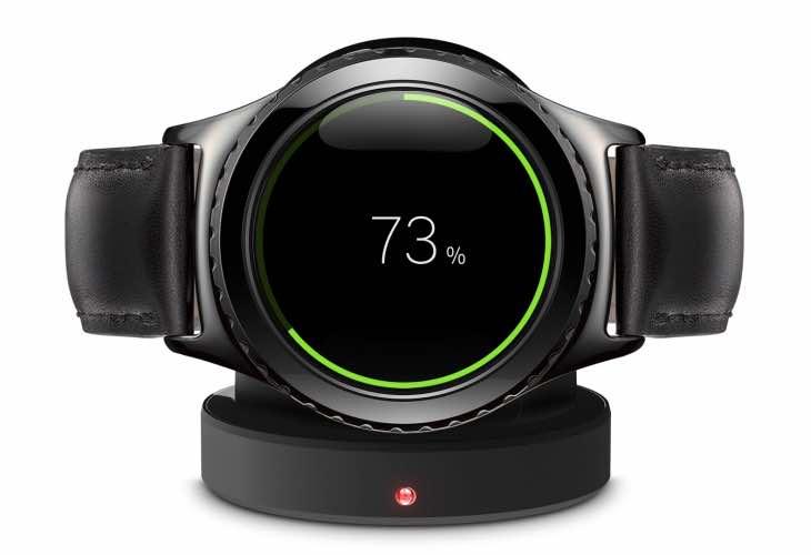 Galaxy Gear S3 vs Apple Watch 2nd-gen release anticipation ...