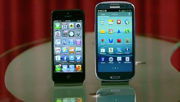 Samsung Galaxy S3 vs. iPhone 5 preceding Jelly Bean