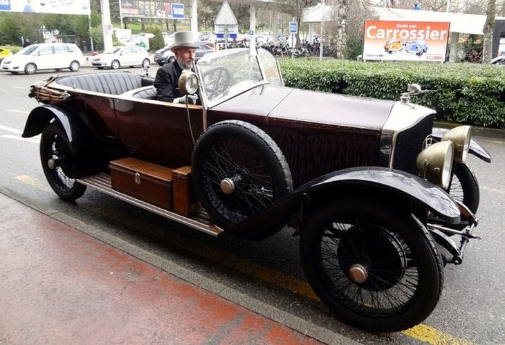 Geneva Motor Show 2014 reveals mystery car