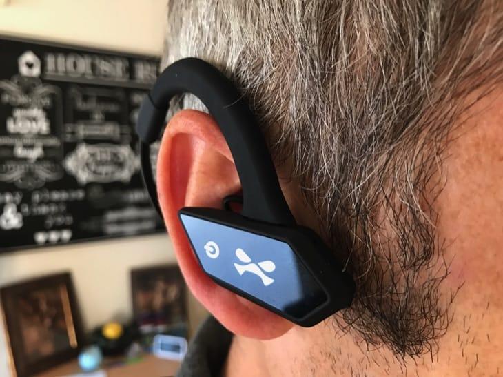 ghostek-earblades-wireless-bluetooth-earphones-review-8