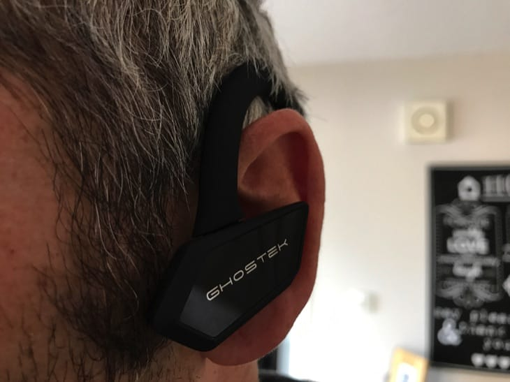 ghostek-earblades-wireless-bluetooth-earphones-review-9