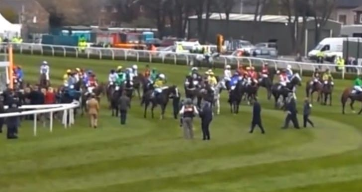 Grand National start time with countdown apps