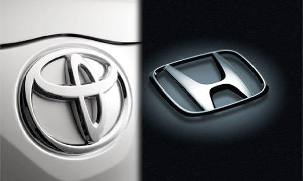Honda favors iPhone while Toyota chooses Nokia