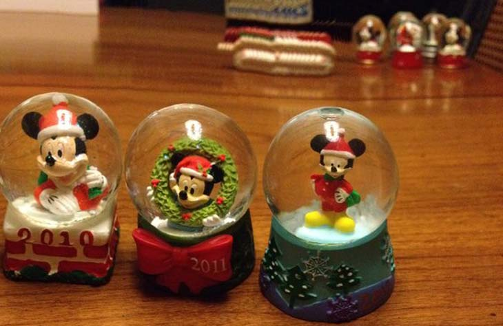 JCPenney-snow-globes-2014