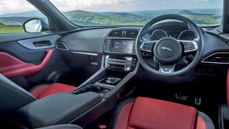 Jaguar F-Pace 2.0d interior
