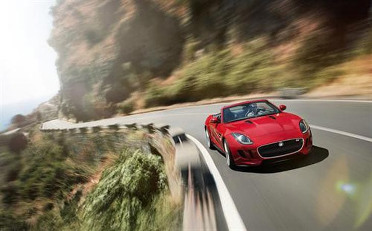 Jaguar F-TYPE shapes up for UK launch