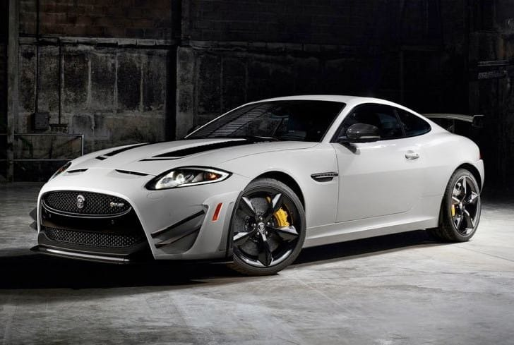 Jaguar XKR-S GT vs. F-Type performance figures