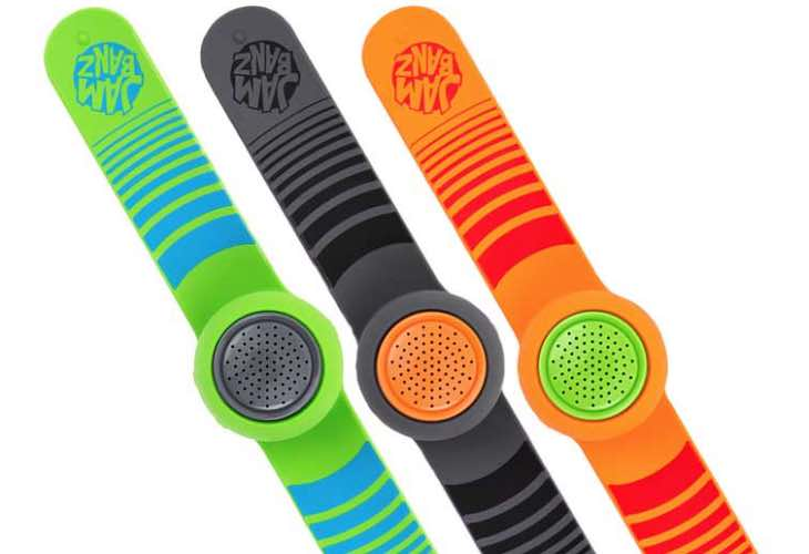 Jambanz wearable speaker review highlight safety for kids