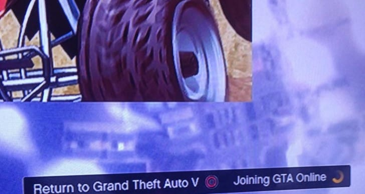 Joining GTA Online, loading screen gets stuck