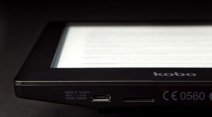 Kobo Aura vs. Amazon's Kindle Paperwhite 2
