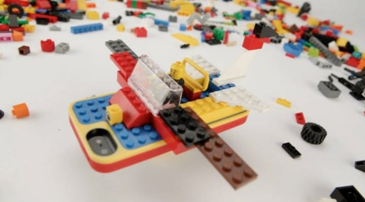 LEGO Builder Case should fit iPhone 5S