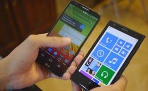 LG G2 vs. Nokia Lumia 1020 in-depth