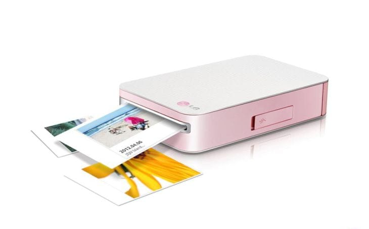 LG Pocket Photo mobile printer given review