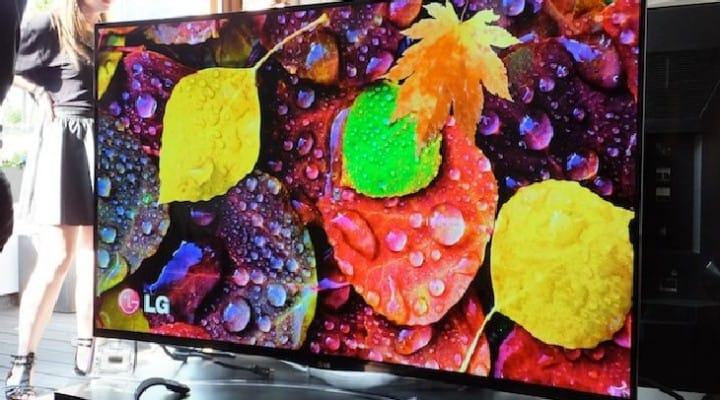 LG curved OLED TV slashed half price, no 4K