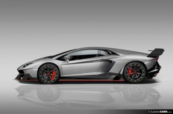 Lamborghini Ankonian vs. Aventador (Veneno) Roadster for extremeness
