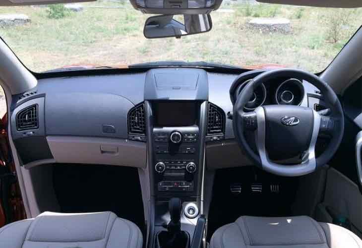 Mahindra XUV500 price