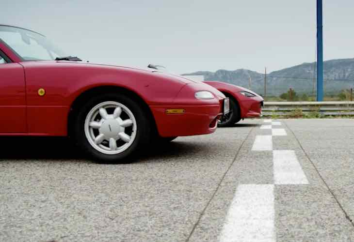 Mazda MX-5 Miata Mk IV vs MkI