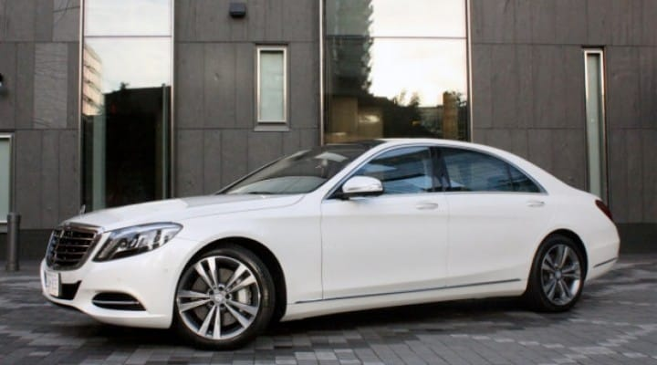 Mercedes S-Class suspension technology ad mystifies