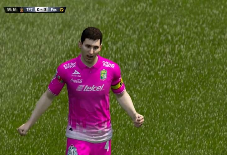 Messi vs. Ronaldo in FIFA 15 UT player review