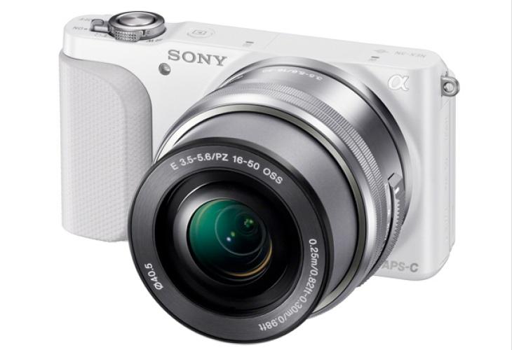 Comparing 2013 Mirrorless cameras