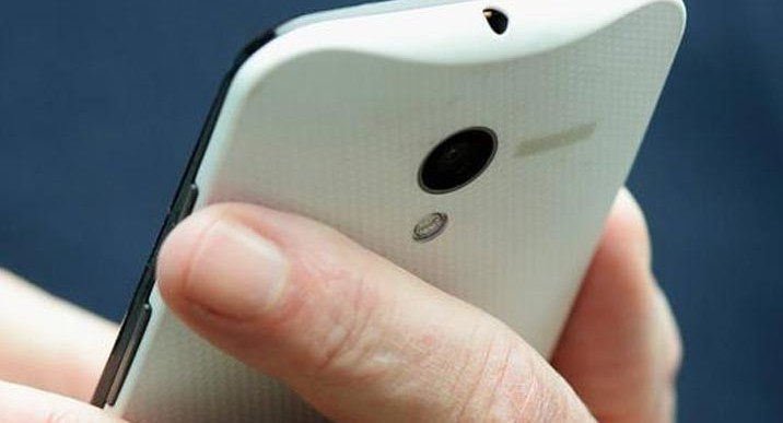 Moto X Phone vs. Galaxy S4 and iPhone 5, 5S for price