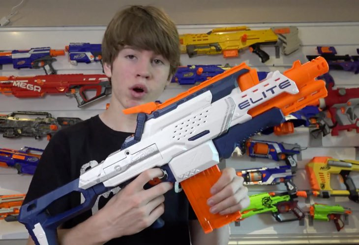 N-Strike Elite Nerf Cam ECS-12 Blaster hands-on review