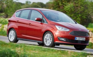 New Ford C-MAX Titanium review reiterates engine options