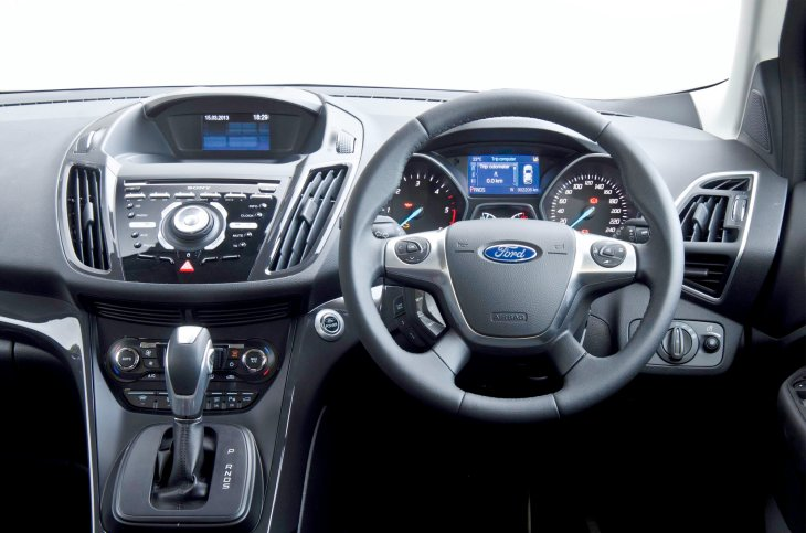 New Ford Kuga review, Titanium X interior