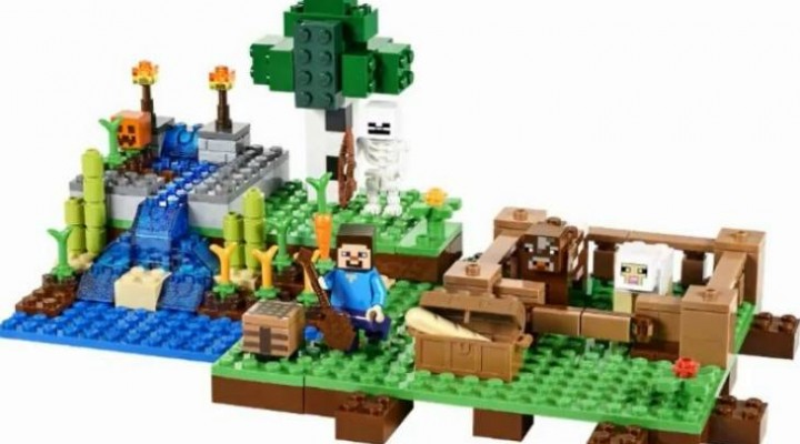 New Lego Minecraft with Halloween theme
