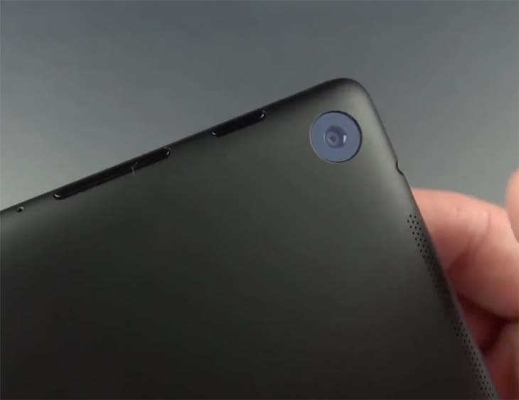 Nexus-7-tablet-camera-close-up