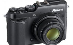 Nikon COOLPIX P7800 performance review articulated
