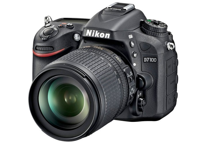 Nikon D7100 price reduction alleviates review deficiency