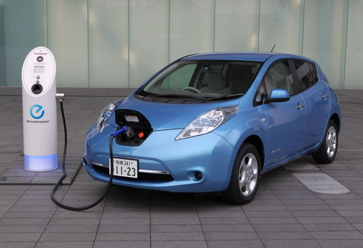 Nissan's electric Leaf demand higher than projected