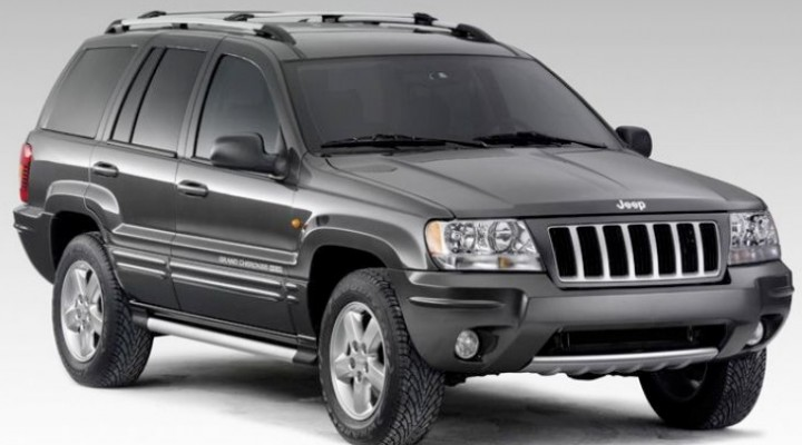 No Jeep recall announcement, Chrysler challenges NHTSA
