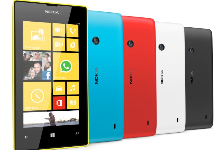 Nokia Lumia 720 review over three visuals