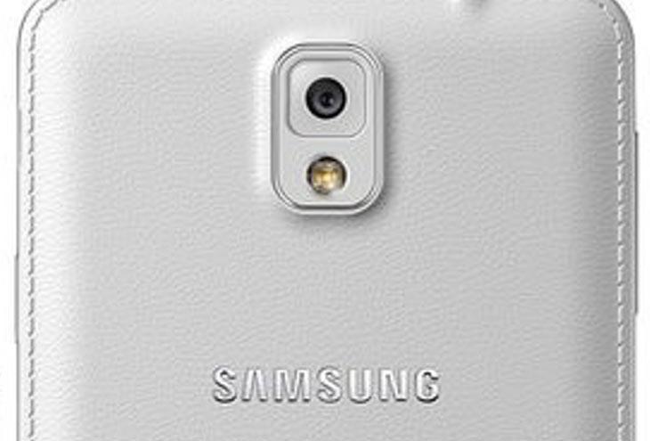 Oscar-Selfie-helps-Samsung