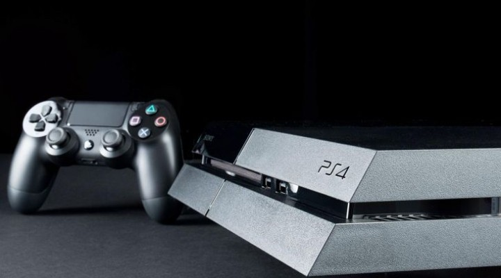 PS4 Japanese sales hit 300,000 in first two days