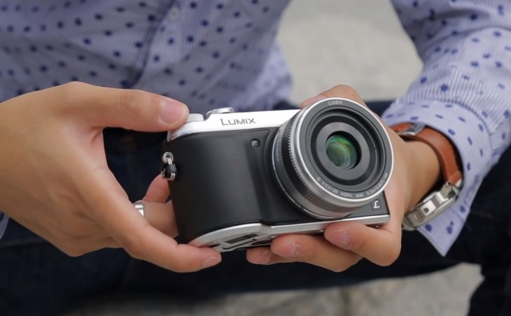 Panasonic's new GX7 is a great looking, but also comes packed with a great set of features