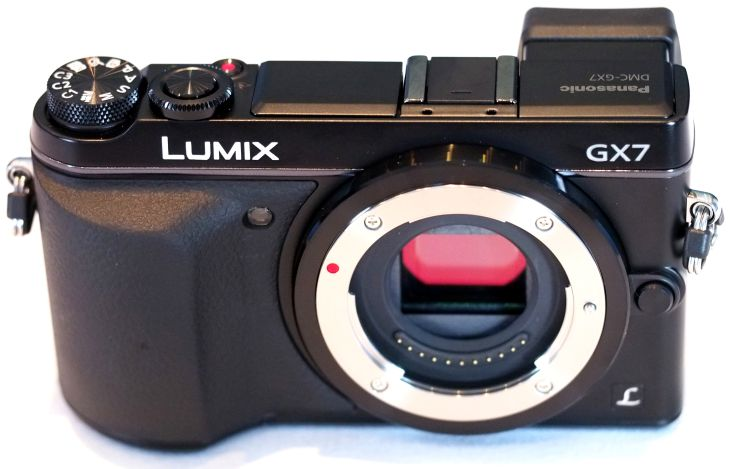 Panasonic Lumix GX7 vs GX1 while side-by-side