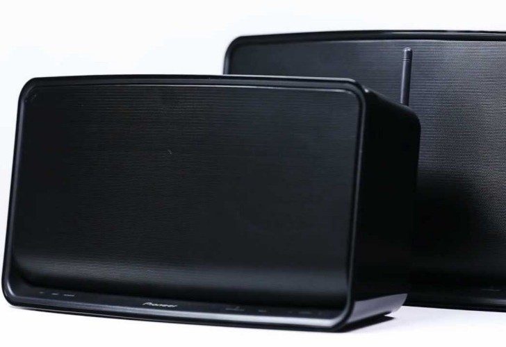 Pioneer A3 Wi-Fi speaker for Apple iPad and iPod touch