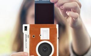 Polaroid camera reborn with Lomography instant