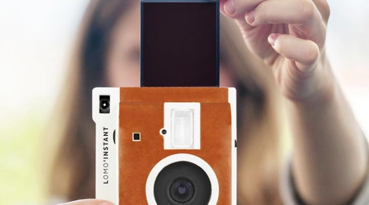 Polaroid camera reborn with Lomography instant