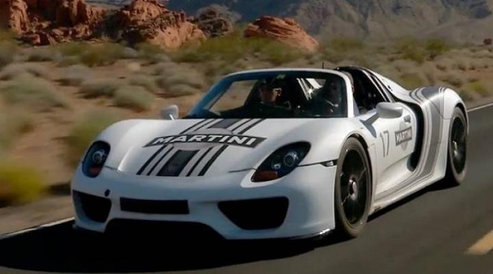 Porsche 918 Spyder power transition captured on video