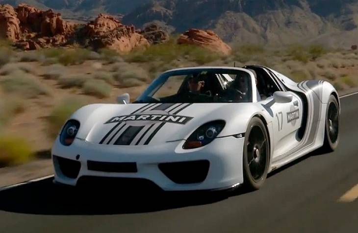 Porsche 918 Spyder electric to engine power transition